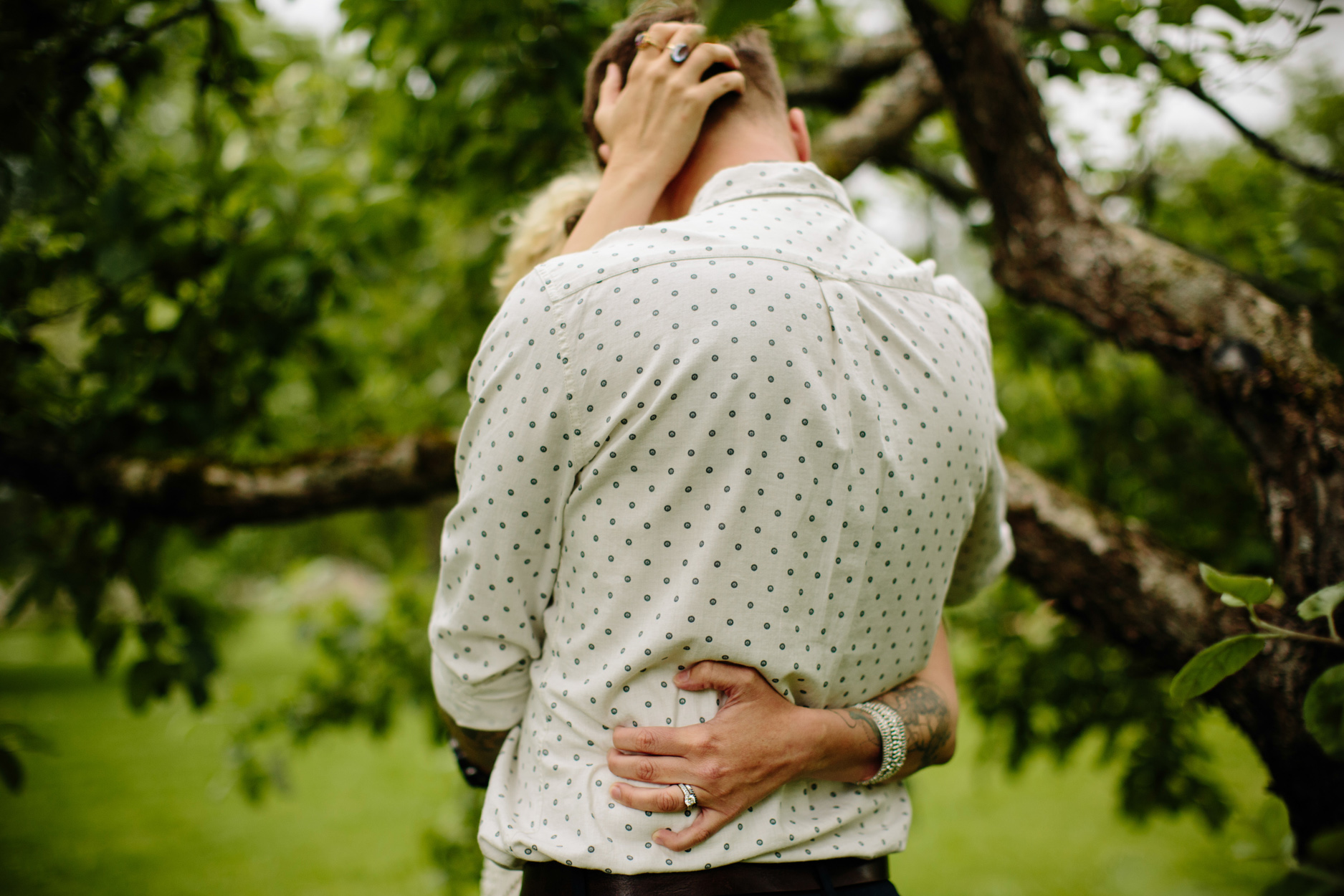 alternative_engagement_photography_003